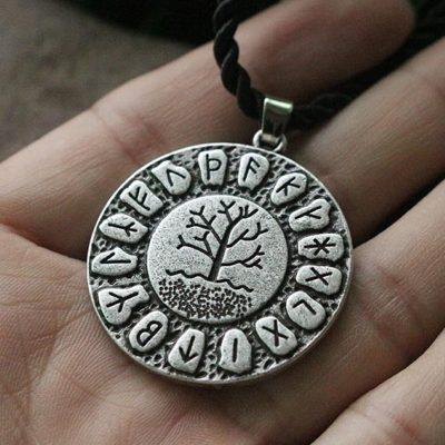 Talismán o Amuleto de Runas Vikingas